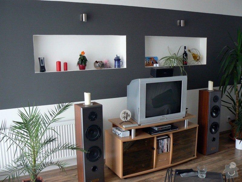 Nástavba na rodinný dům, samostatná bytová jednoka 3+KK s podlahovou plochou 100 m2: P1030504_R