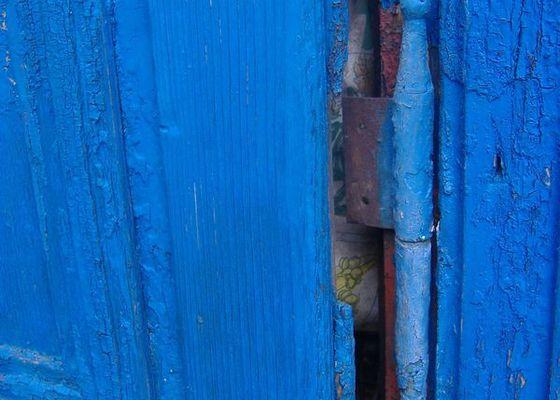 Tesař - oprava dveří na půdu