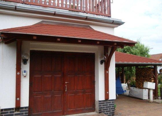 Příštřešek nad garážová vrata