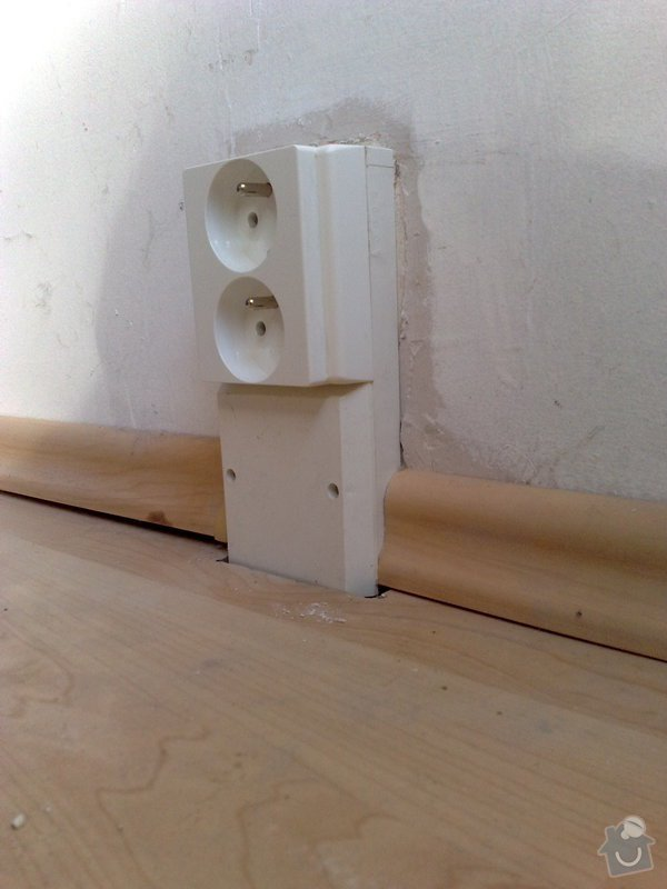 Výměna starých zásuvek a vypínačů s montáží světel: 16072011670