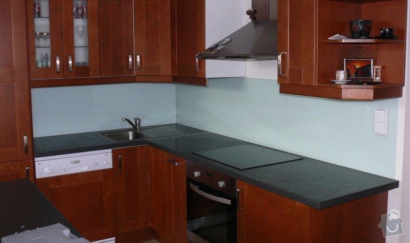 Poptávám dodávku a montáž skla Lacobel do kuchyně: P1000858