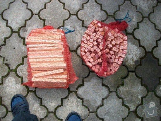 Nabízíme k prodeji třísky a krbové dřevo: 100_0045