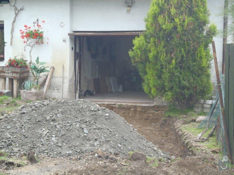 Stavba plotů a podezdívky,pokládka zámkové dlažby: P7220088