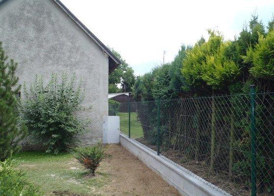 Stavba plotů a podezdívky,pokládka zámkové dlažby