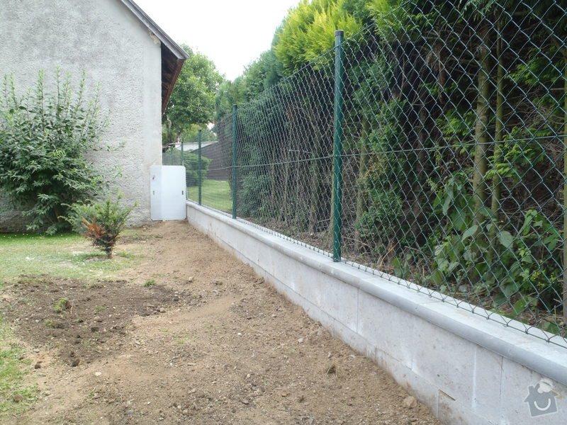 Stavba plotů a podezdívky,pokládka zámkové dlažby: P7280169