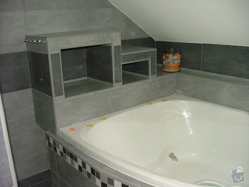 Obložení koupelny: snimek_154