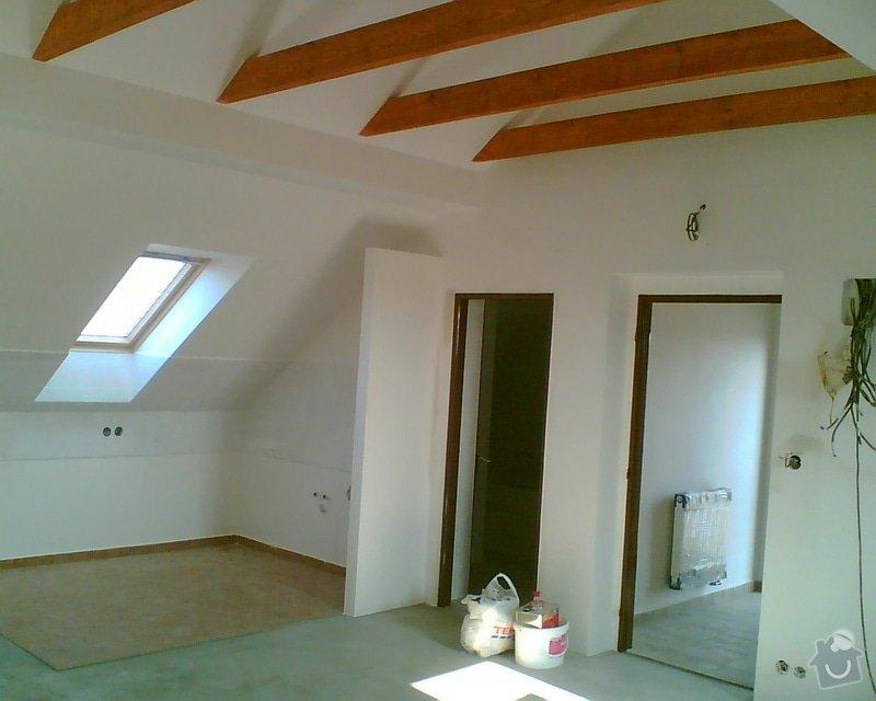 Malování podkrovního bytu včetně nátěru trámů: Obraz006