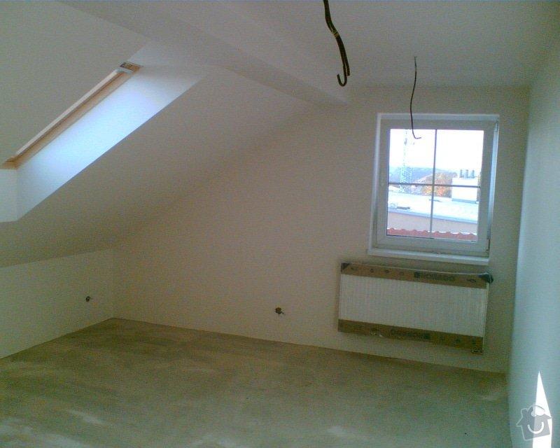 Malování podkrovního bytu včetně nátěru trámů: Obraz007