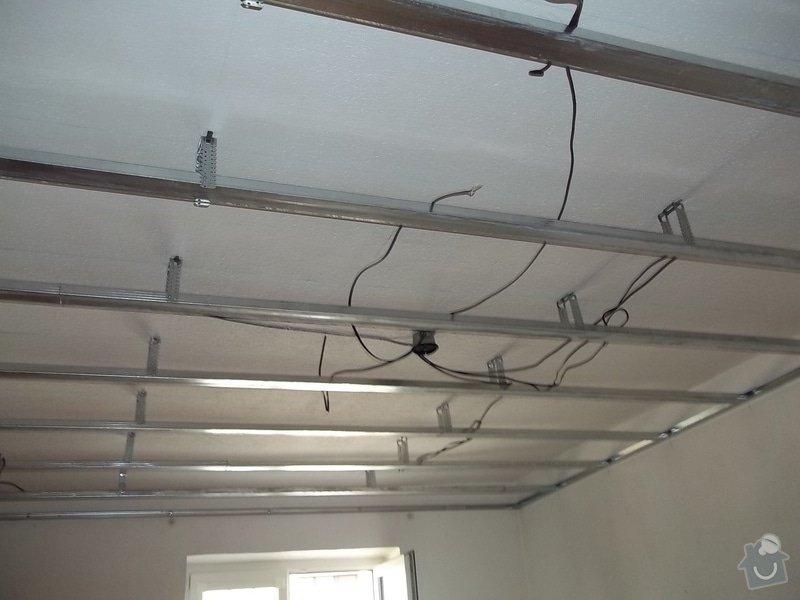 Snížený strop a lepené stěny: 104_0482