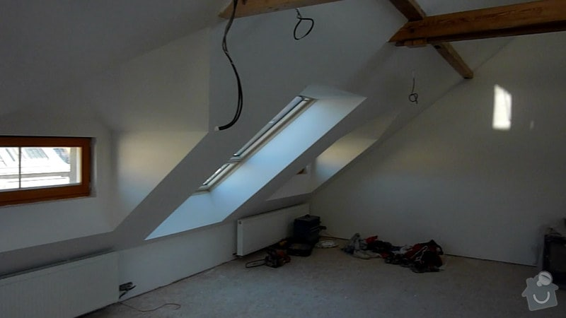 Malířské práce podkrovní byt: 003