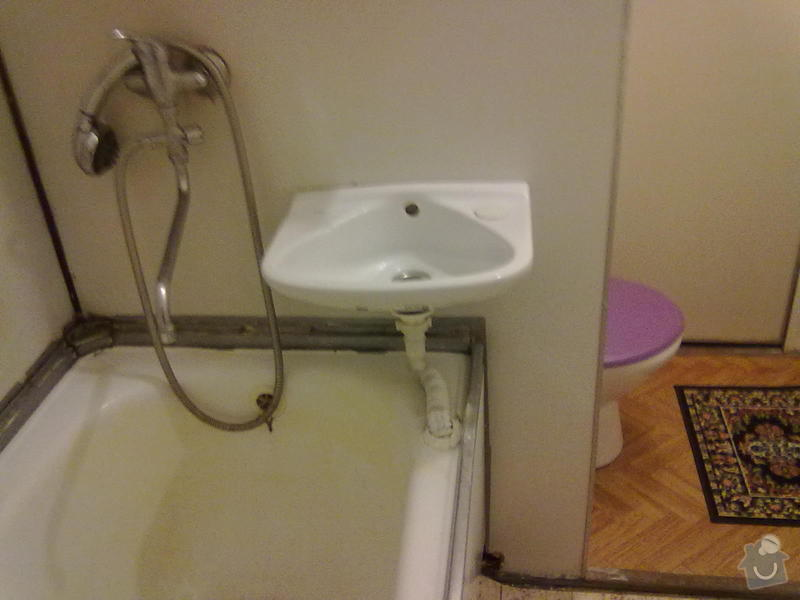 Výměna vany v paneláku+ zapojení aut.pračku-odpad: pohled_do_WC