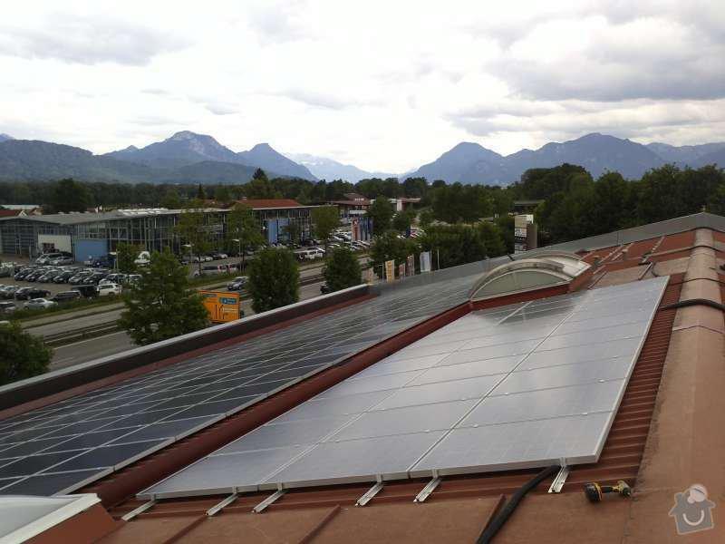 Montáž fotovoltaciké elektrárny v Raublingu: Panorama