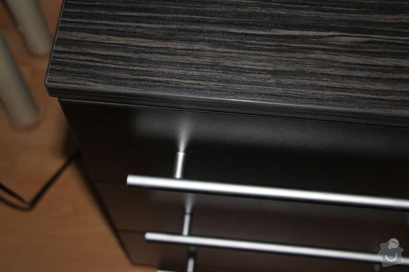 Vestavěná skříň + noční stolky: IMG_8816