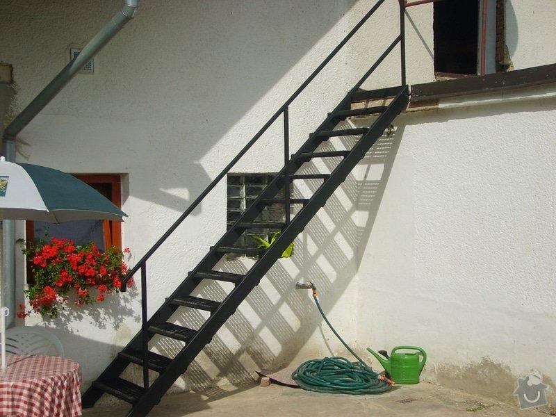 Jednoduché venkovní schodiště: S6005404_small_po