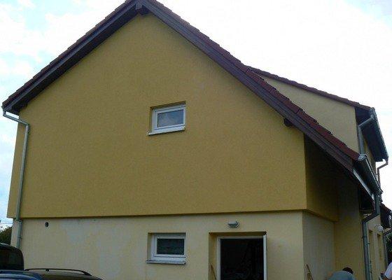 Povrchová úprava fasády, vč. částečného zateplení obvodového pláště