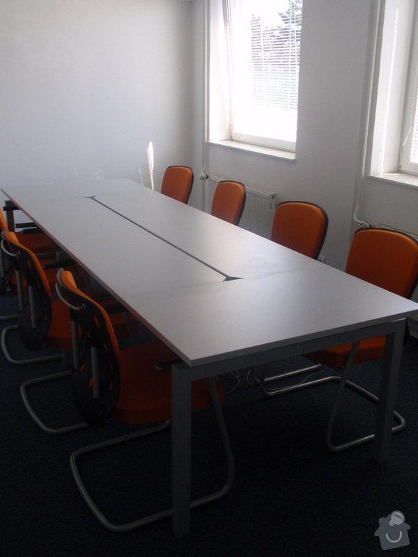 Výroba a montáž kancelářského nábytku + jednacích stolů: P5061545