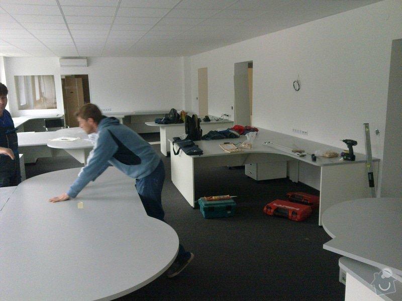 Výroba a montáž kancelářského nábytku + jednacích stolů: 26042011547