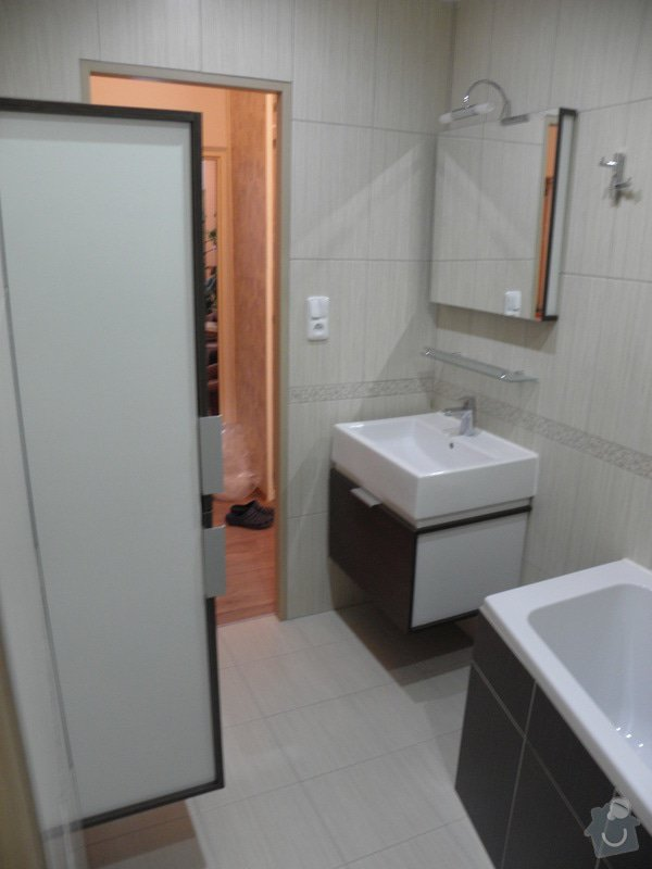 Rekonstrukce bytového jádra, výroba kuchyňské linky: P6287242