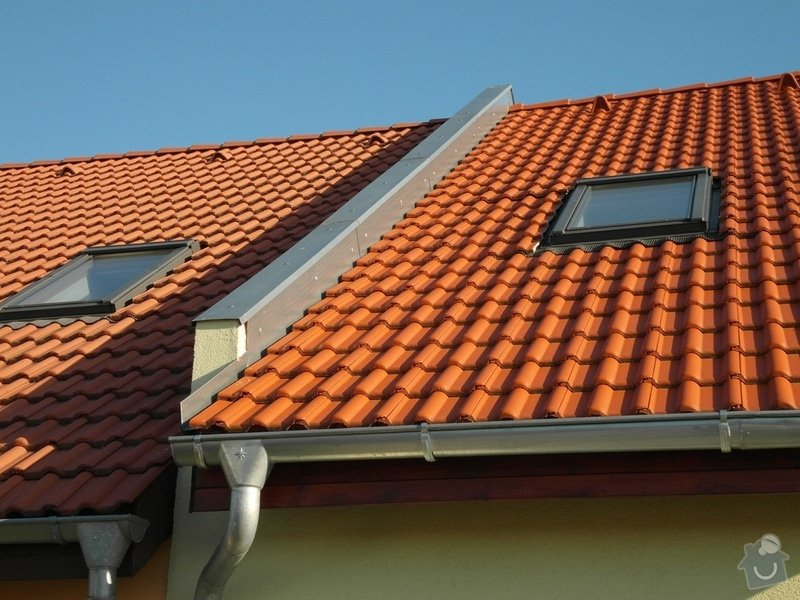 Zedník - stavitel, k výstavbě zídky mezi střechami v řadovém RD a její oplechování: 04