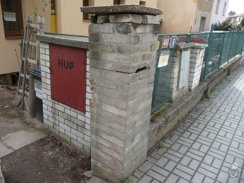 Stavba plotu (zednická část, KB bloky): Plot_pohled_stavajici