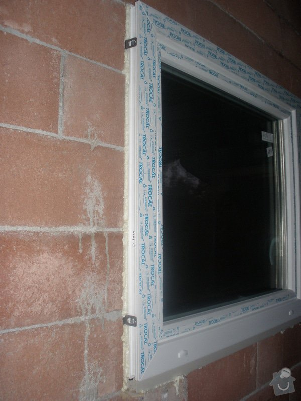 Dodávka a montáž plastových oken: P8300693