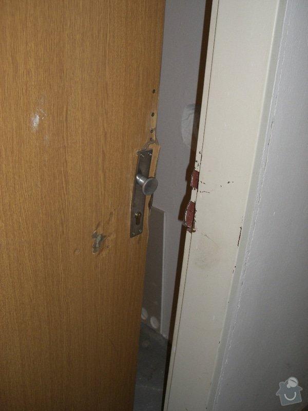 Výměna poskozené zárubně a dveří: CIMG4056