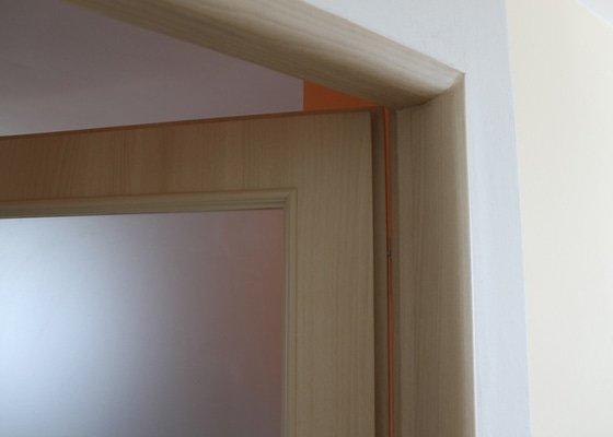 Renovace bytových atypických dveří a zárubní