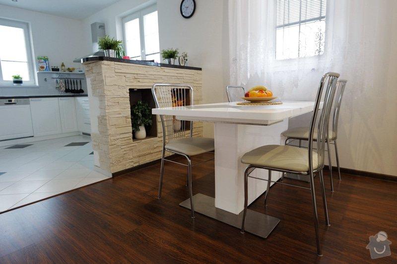 Kuchyňská linka a schodiště: _MPW9493