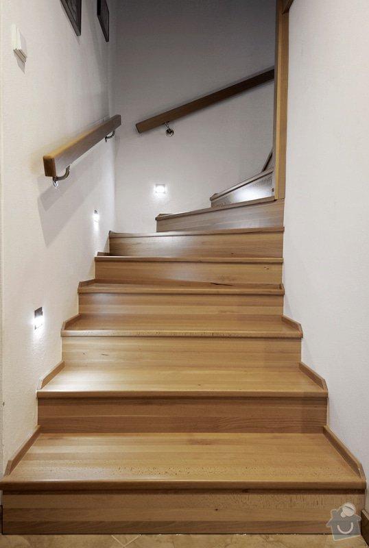 Kuchyňská linka a schodiště: _MPW9521