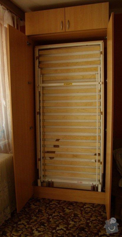 Postel ve skrini: P8182573