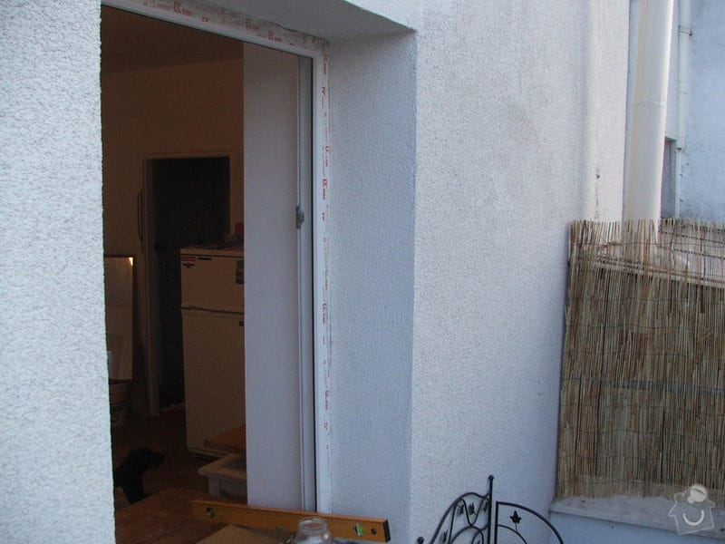 Instalace digestoře a oprava omítky v interiéru.: DSCF3815