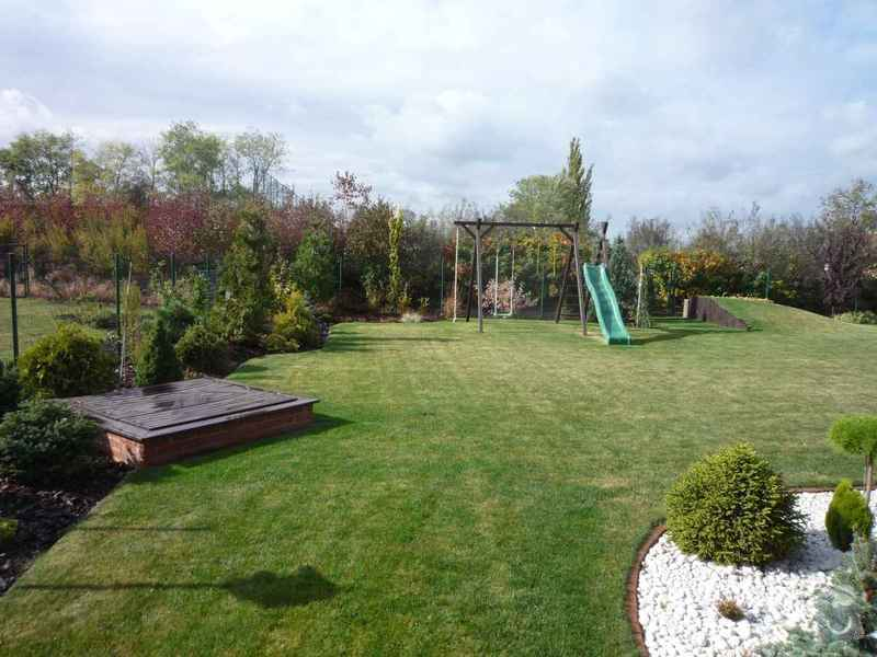 Návrh a osázení okrasné zahrady: Zahrada_6