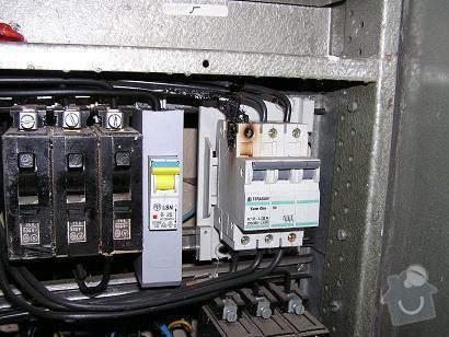 Oprava bojleru, podlahové topení, satelit: Vypaleny_jistic.