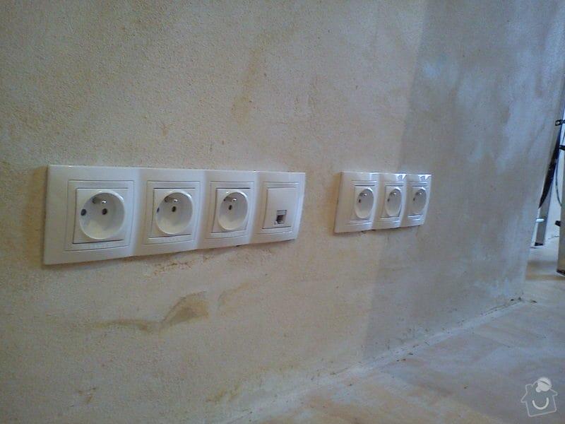 Rekonstrukce elektroinstalace: DSC00505