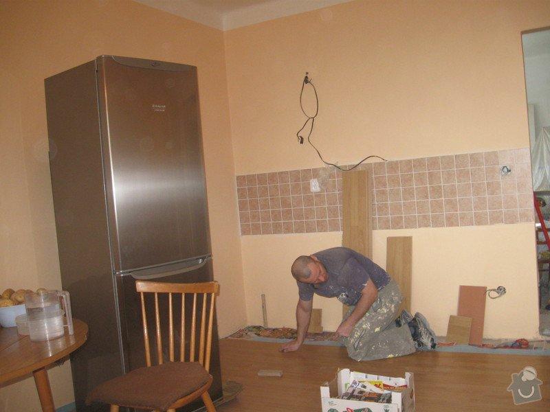 Rekonstrukce bytu: Nova_podlaha_a_linka_22_