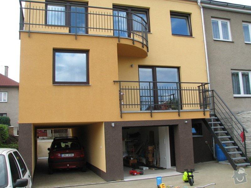 Okapy pro 2 balkony u rodinneho domku: IMG_1433