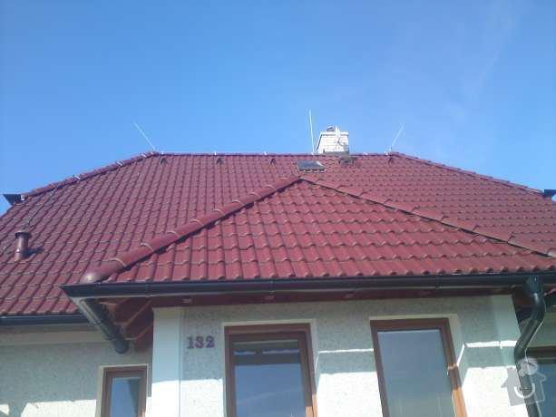 Montáž nového hromosvodu na rodinném domu: DSC00575