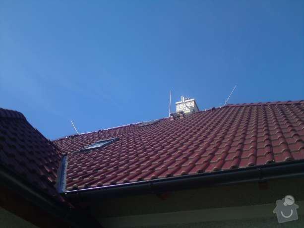 Montáž nového hromosvodu na rodinném domu: DSC00577