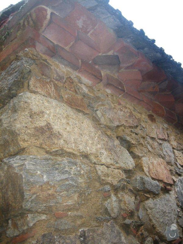 Poptávám izolaci od zemní vlhkosti u domu s kamenným zdivem (34 m2): IMG_4563