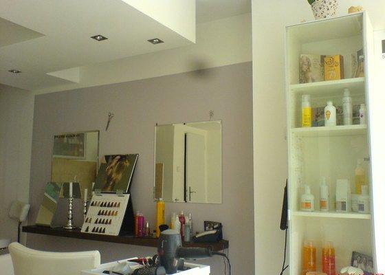 Rekonstrukce kadeřnického salonu - montáže sádrokartonu