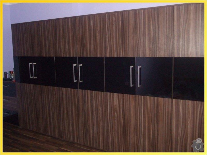 Vybavení bytu: 054