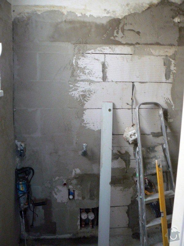 Kompletní rekonstrukce koupelny a WC v cihlovém domě v 6.NP : P1030602_R
