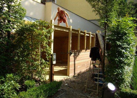 Kempinski Hotel  vyroba zahradniho domku.