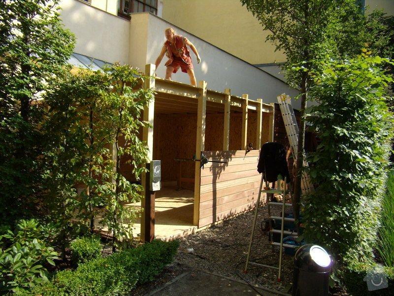 Kempinski Hotel  vyroba zahradniho domku.: P8022474