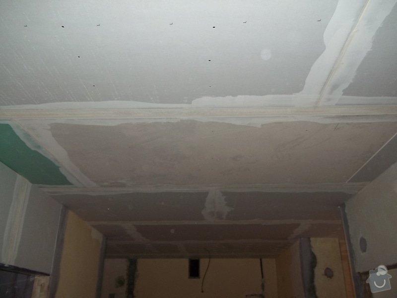 Snížené podhledy pro elektro-rozvody: 104_0596