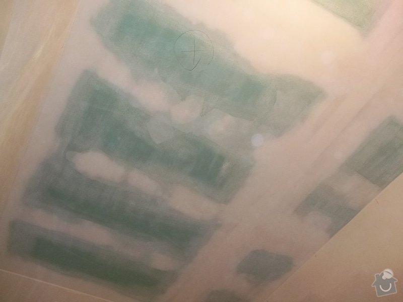 Snížený podhled v koupelně: 104_0579