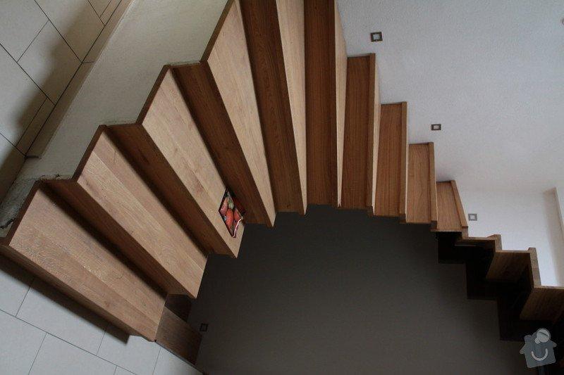 Výroba a inštalácia zábradlia na schodište: IMG_3412_1