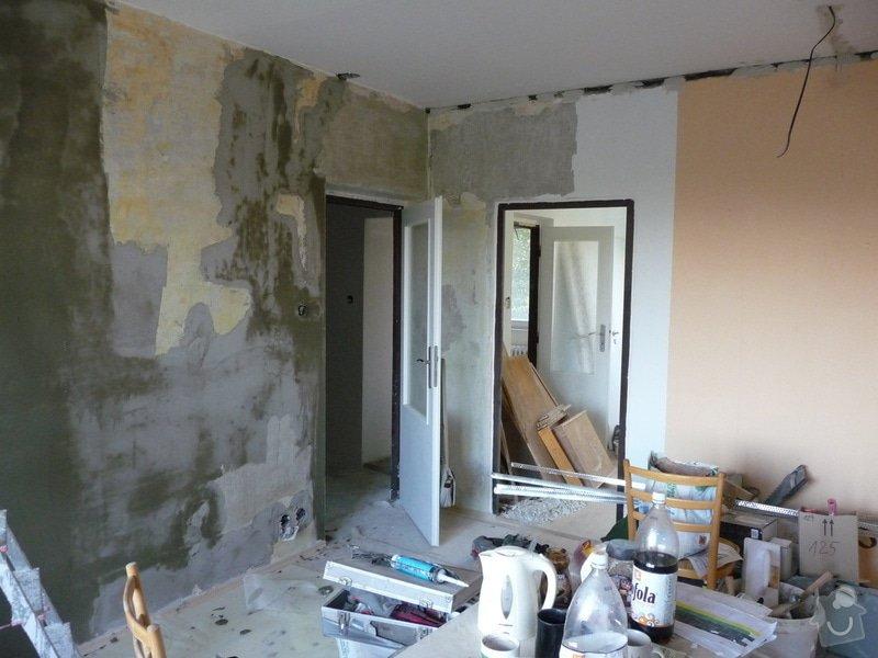 Rekonstrukce bytu 2+1 - bourací práce, jádro, podlahy: 43_skrabani_zdi