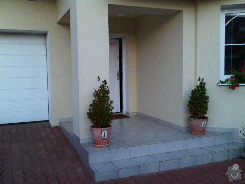 Zazdění zápraží, instalace okna a dveří.: zaprazi