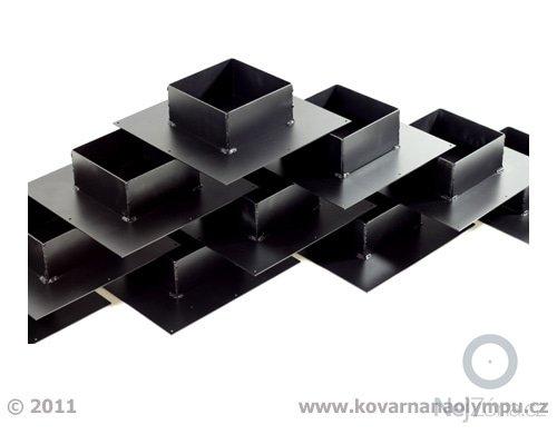 Sada stojánků pro kartonové překážky: LG_stojanky_2011